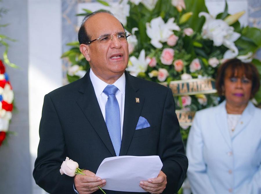 Palabras Dr. Julio César Castaños Guzmán, Presidente Junta Central  Electoral en Ofrenda Floral ante el Altar